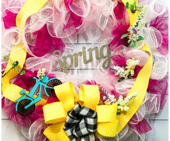 How to make these diy spring deco mesh wreath