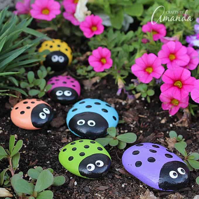 15 Easy Rock Painting Ideas For A Rainy Day